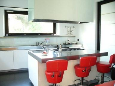 1° floor apt - part of the Kitchen