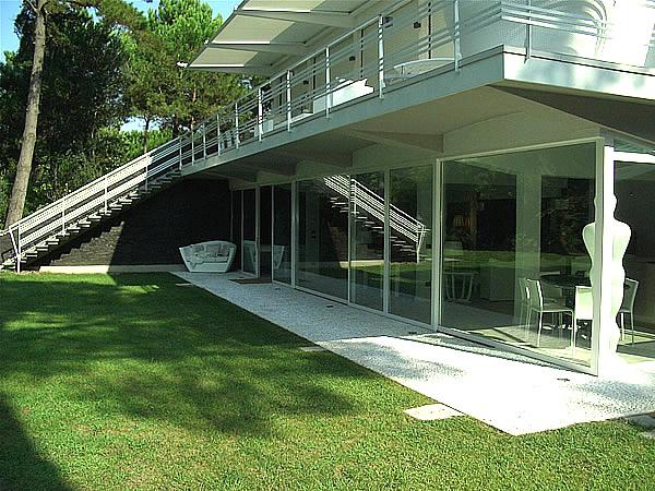 villa_outside1 - Copia - Copia